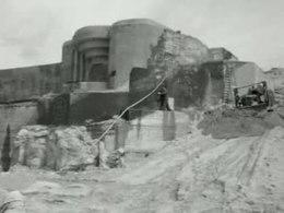 Bestand:Verwijdering van de bunkers aan de noordzeekust-511906.ogv