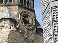 Viertel vor eins - Kaiser-Wilhelm-Gedächtnis-Kirche (2006-10) - panoramio.jpg