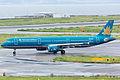 Vietnam Airlines, A321-200, VN-A354 (21030626746).jpg