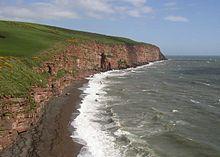 Vido de Suda Kapo de la marborda pado norde de Fleswick Beach - geograph.org.uk - 88738.jpg