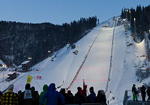 VikersundbakkenWorld Cup Ski flying 2011.jpg