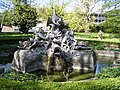 Würzburg - Figurenbrunnen im Park des Juliusspitals.JPG