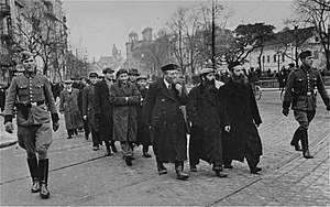Warsaw Ghetto - Roundup of Jewish men for forced labor by the Orpo police, Krakowskie Przedmieście, March 1940