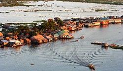 250px-Water_Dwelling_Tonle_Sap_Cambodia.