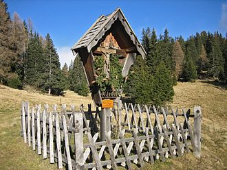 Wayside cross - Image: Wegkreuz Salten South Tyrol