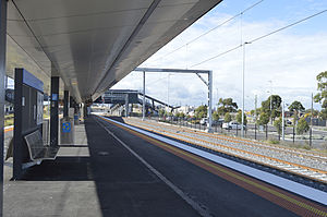 West Footscray railway station - Eastbound view from platform 2 in May 2014 with the Regional Rail Link tracks to the right