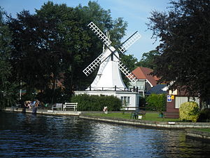 pros cons owning and renting real estate may be an investment option Rental property in Horning on the River Bure