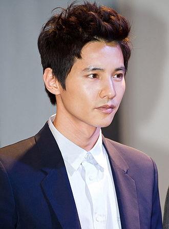 Won Bin - Won Bin at Olimpus Korea PEN E-PL2 launching press conference in Seoul, January 2011
