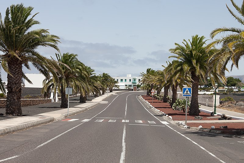 Lanzarote Spain  City pictures : Description Yaiza Lanzarote Spain. Y07