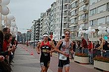 En que consiste la prueba de triatlon