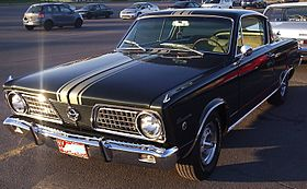 '66 Plymouth Barracuda (Auto classique Jukebox Burgers '11).jpg