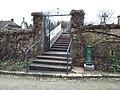 Éclans - Entrée cimetière et fontaine Bayard.jpg