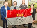 Übergabe Köln-Fahne durch Alexander Gerst-5893.jpg