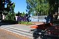 Іллінці, Братська могила 679 воїнів Радянської Армії, загиблих при звільненні селища.jpg