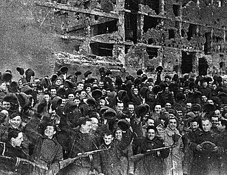 95th Rifle Division - The fighters of the 95th Rifle Division on the day the Battle of Stalingrad ended. In the front row first from right Colonel Gorishnii, second (in a white sheepskin coat) – Colonel Vlasenko.
