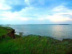 "Озеро ""Горькое"" с берега.JPG"