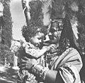 יהודיה, עם ילד, מחצרמות (חצר מוות)-ZKlugerPhotos-00132q3-907170685138788.jpg
