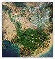 ภาพถ่ายทางอากาศแสดงลักษณะของดินดอนสามเหลี่ยมปากแม่น้ำโขง.jpg