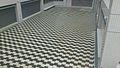 カフェウォール錯視を利用した中庭.jpg