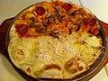 辛いのとチーズのピザ (5616763304).jpg