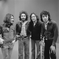 10CC - TopPop 1974 5.png