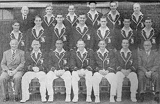 Freddie Brown (cricketer) - The England touring team in Australian in 1950–51 (from left to right): Rear Row: Bill Ferguson (scorer), Bob Berry, Arthur McIntyre (wk), Trevor Bailey, Gilbert Parkhouse and Eric Hollies; Middle Row: John Dewes, David Sheppard, John Warr, Alec Bedser, Brian Close, Reg Simpson and Doug Wright; and Front Row: Brigadier Michael Green (manager), Cyril Washbrook, Denis Compton (vc), Freddie Brown (c), Len Hutton, Godfrey Evans (wk) and John Nash (assistant-manager).