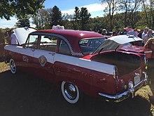 1958 Checker Standard series A8 taxi at Hershey 2015 AACA meet 2of7.jpg