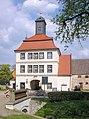 20060501360DR Lindenau (OL) Schloßareal Torhaus.jpg
