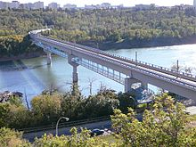 2007-09-13 Dudley Menzies Bridge 025 Compressed.jpg