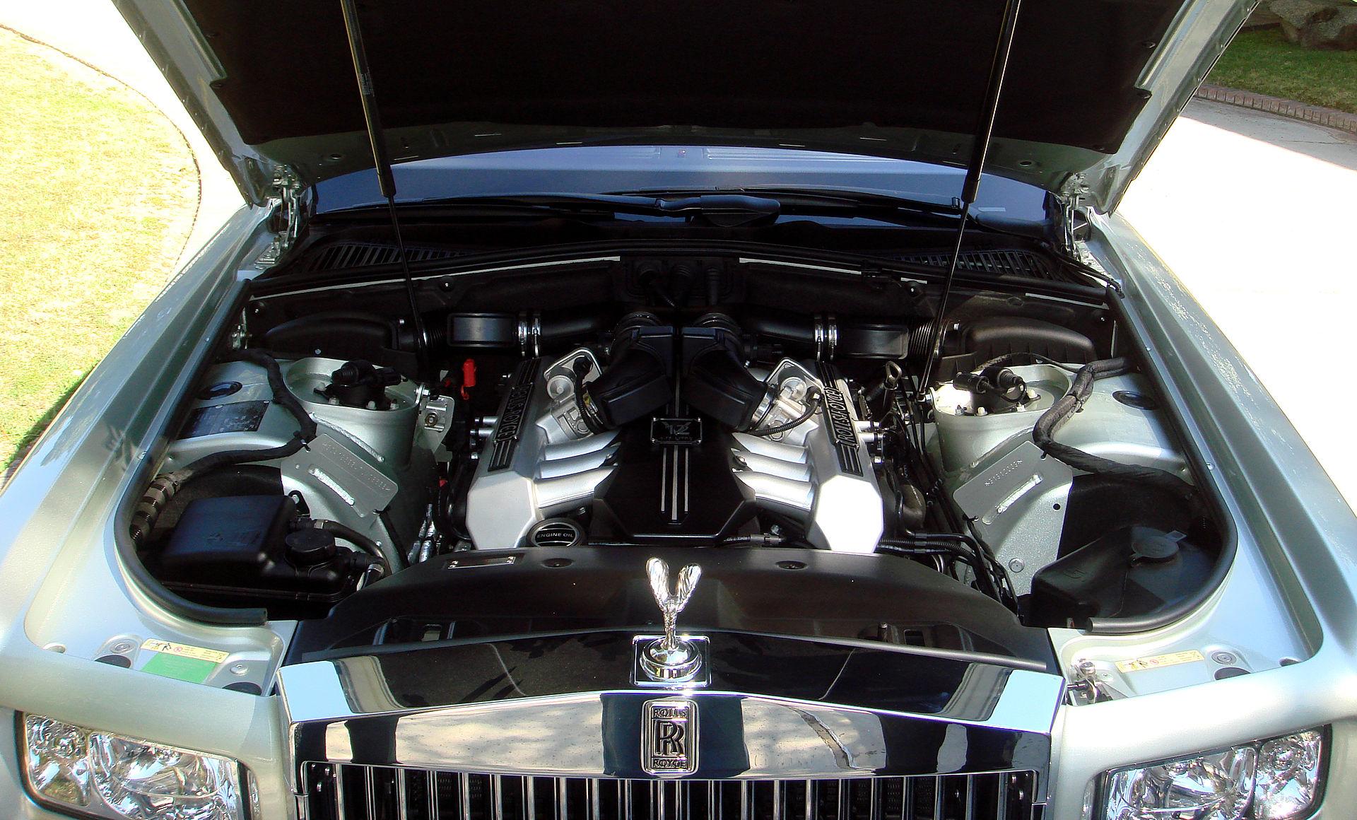 Rolls royce phantom 2003 wikipedia for Rolls royce phantom motor