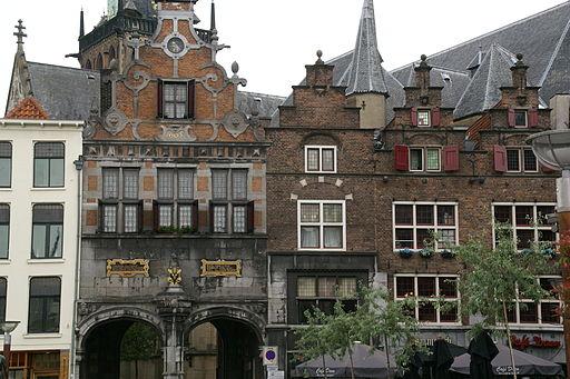 2013.05.30.163910 Facades Grote Markt Nijmegen NL