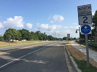 Maryland Route 2 - View north along MD 2 in Solomons, just before joining MD 4
