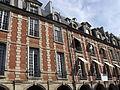 24, 26 Place des Vosges Paris.jpg
