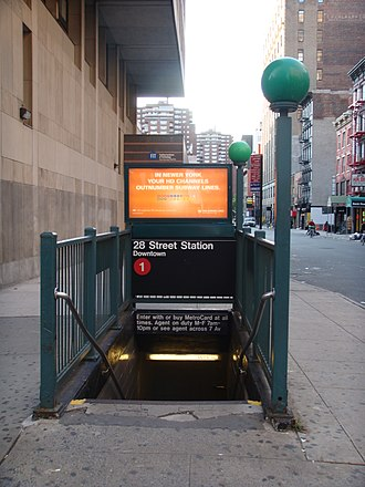 28th Street (IRT Broadway–Seventh Avenue Line) - Southbound stair