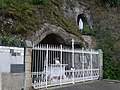 49 Montreuil sur Maine grotte de Lourdes.jpg