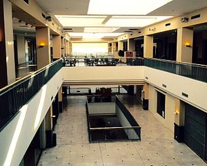 50 Penn Place - Another interior shot of the mall.