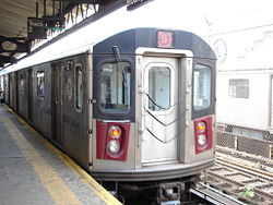 5 train at E 180 St 1.jpg