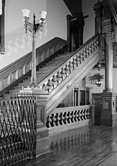 7th Regiment Armory Main Staircase HABS NY,31-NEYO,121-17.jpg