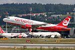 Air Berlin (Belair) Airbus A320-214 HB-IOP (22280839021).jpg