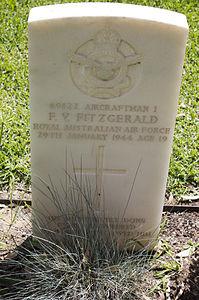 Aircraftman 1st Class F V Fitzgerald gravestone in the Wagga Wagga War Cemetery.jpg