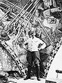 Akseli Gallen-Kallela ja Kansallismuseon fresko Sammon puolustus 1928.jpg