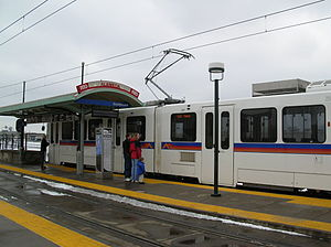Alameda station - Trains arriving at the Alameda station