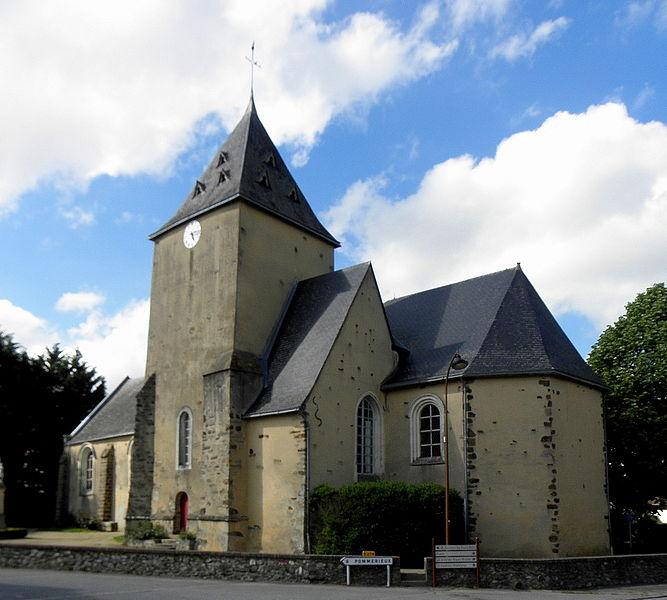Église Saint-Jean-Baptiste d'Ampoigné (53).