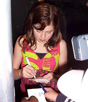 Amy Deasismont - Amy Diamond giving autographs in Kalmar, Sweden in 2005.