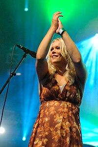 Anna Puu - Ilosaarirock 2009