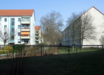 Apartment buildings at Ottilienstraße (Cottbus).png