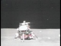 Ficheiro:Apollo 15 liftoff from the Moon.ogv