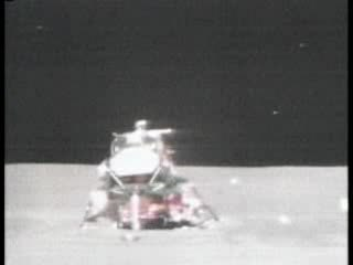Fichier:Apollo 15 liftoff from the Moon.ogv