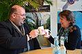 App-Betreiber Peter Dombrowski und Gil Maria Koebberling, Geschäftsführerin vom Freundeskreis Hannover.jpg