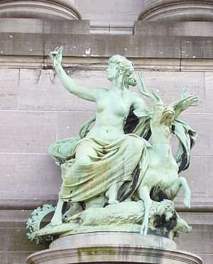Guillaume de Groot - Allegorical figure of Luxembourg at the Cinquantenaire in Brussels